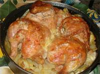 Курочка с картофелем в духовке.