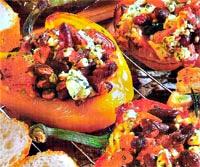 Салатный перец, жаренный на гриле с сыром