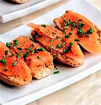 Шведская кухня. Гравлакс с горчичным соусом.