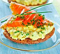 Норвежская кухня. Сэндвич с лососем.