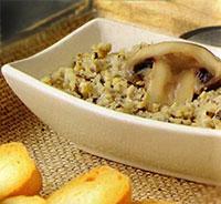 Закуска грибная на крекерах