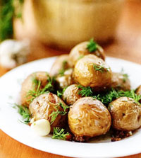 Картофель, запеченный в чесночном масле (на пикник)
