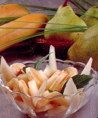 Салат из дыни, груш и банана