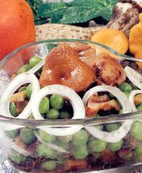 Салат из маринованных или соленых грибов