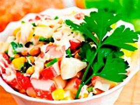 Салат крабовый с кукурузой и апельсинами